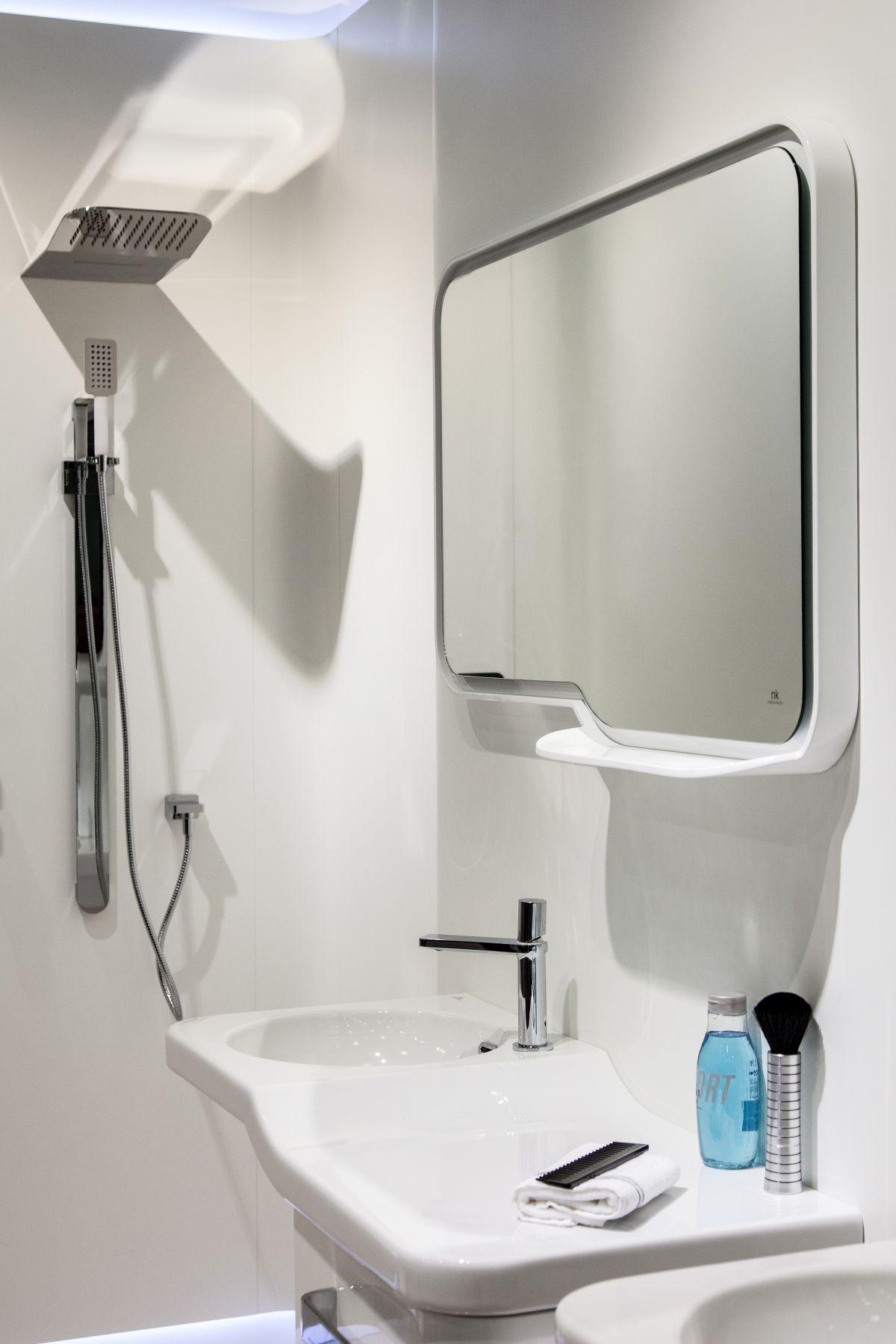 Bathroom Decorating Ideas for a Small Yet Stylish Design on Monochromatic Bathroom Ideas  id=50122