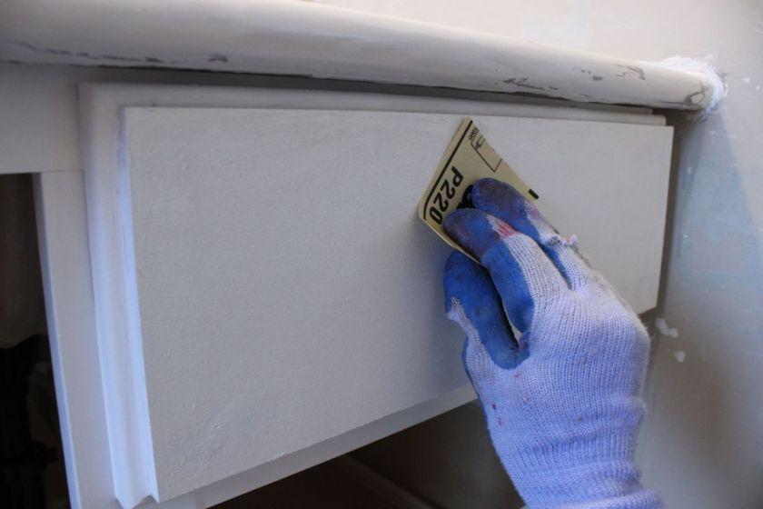 DIY Upgrade Bathroom Vanity- primed surfaces