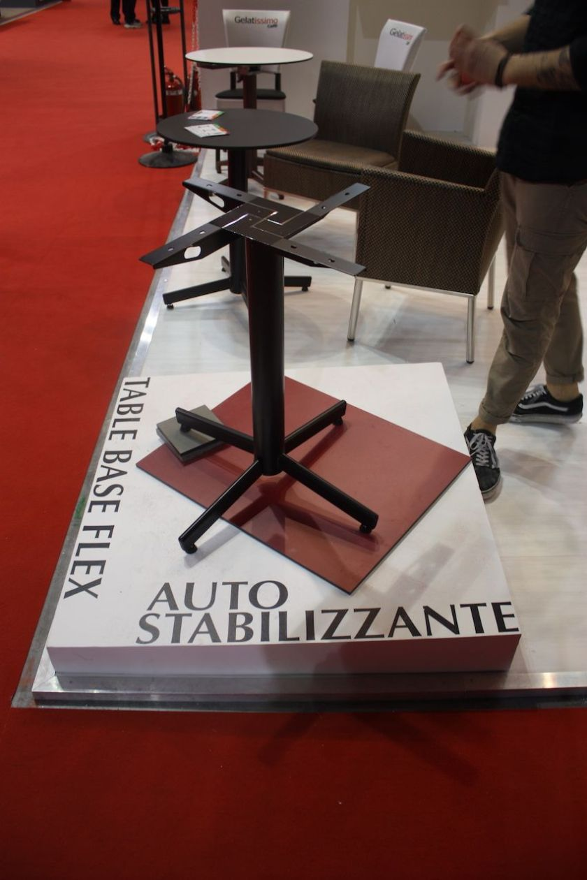 Antiga's dining tablehave a special self-stabilization mechanism. No matter how uneven the floor surface, the chair/table stays level.