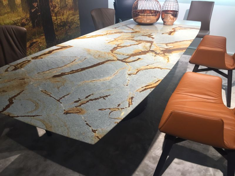 Earth fall colors dining table