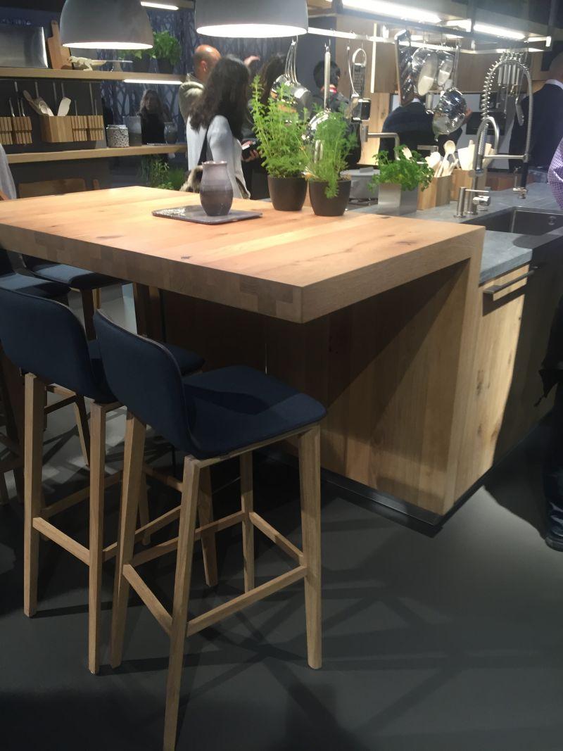 Side Table Narrow Very