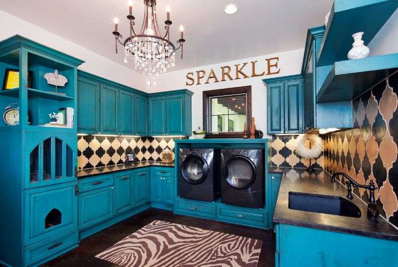 Sparkle laundry room design