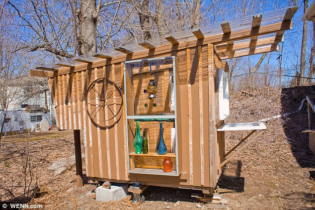 Eco-friendly micro houses made from household junk view