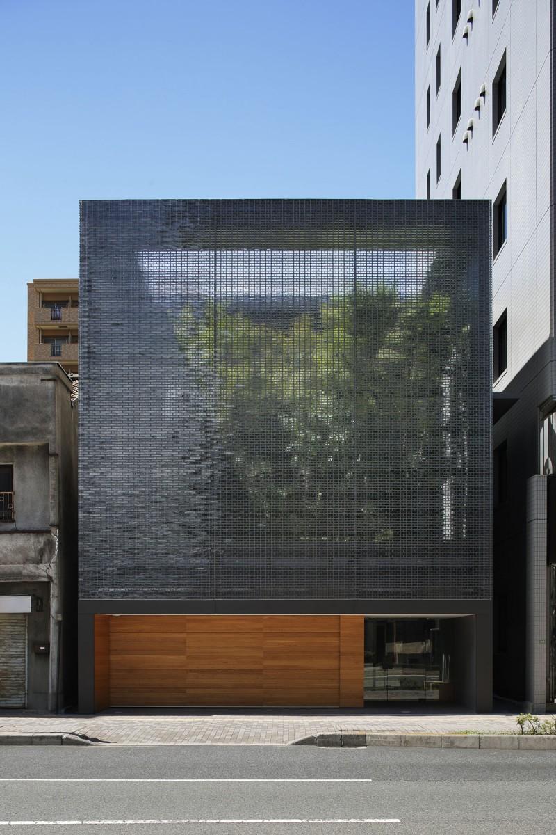 Optical glass facade