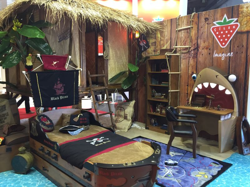 Pirate ship themed room
