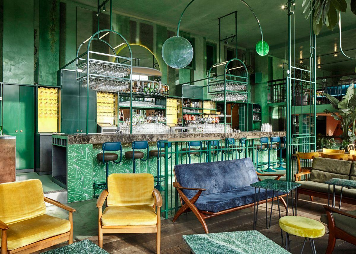 Bar Botanique Cafe Tropique Corner