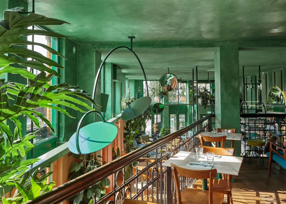 Bar Botanique Cafe Tropique reflective