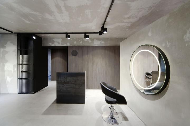 Beauty Salon Numero Uno Design ceiling
