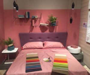 Glass shelves above the bed - teenage girl color