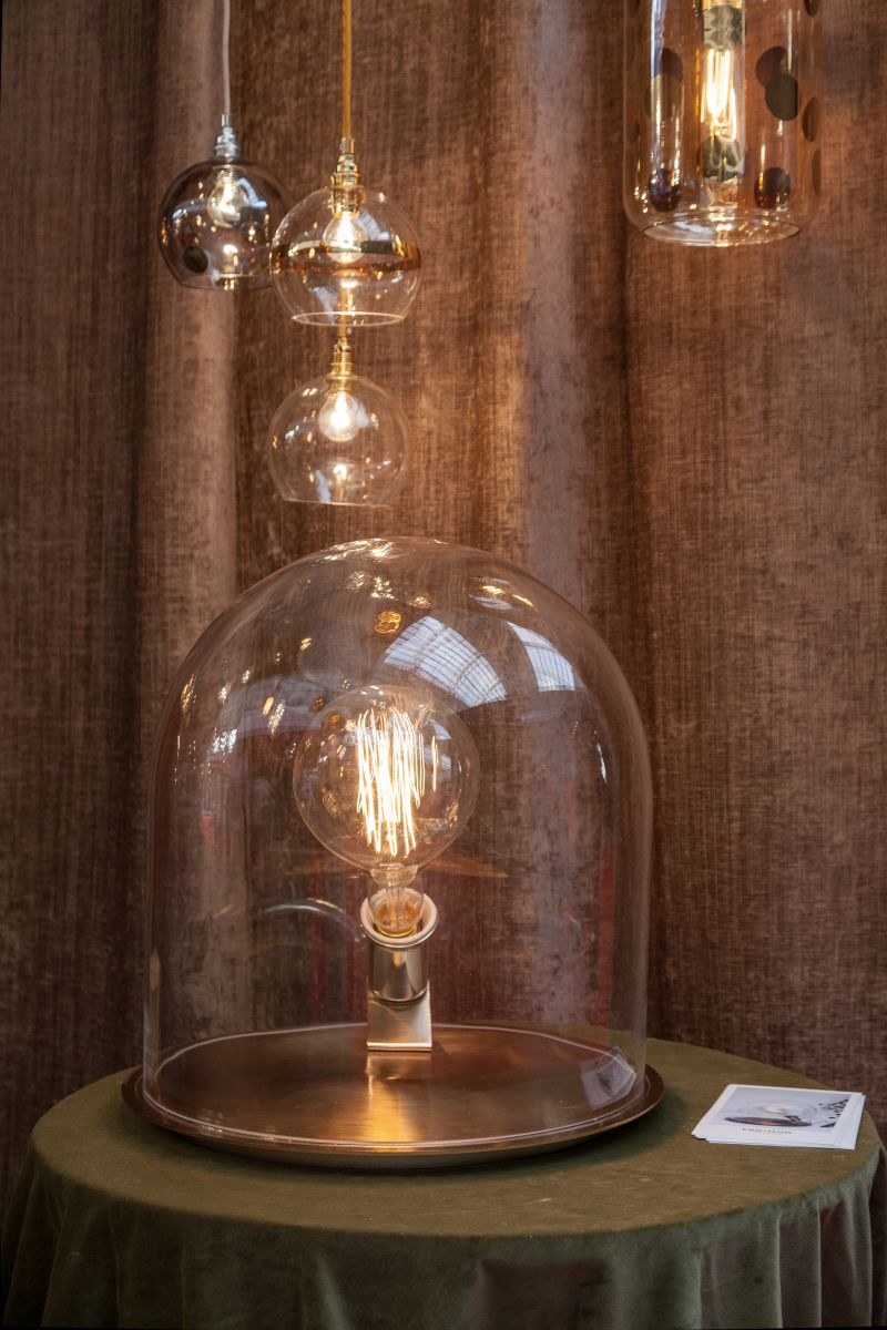 Large Clear Globe Light Bulbs