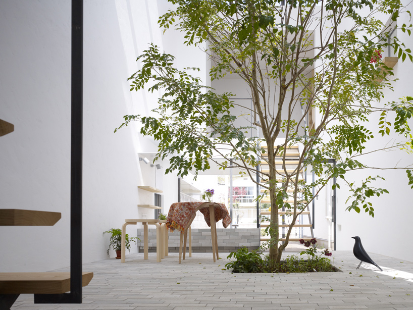 Mamm Design Minna no Ie small tree inside