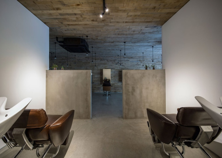 Mook beauty salon in Japan leather chairs