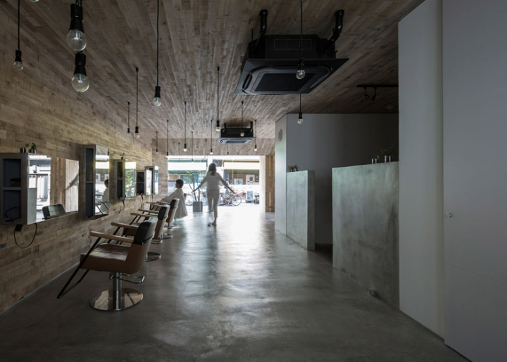 Mook beauty salon in Japan with wood ceiling