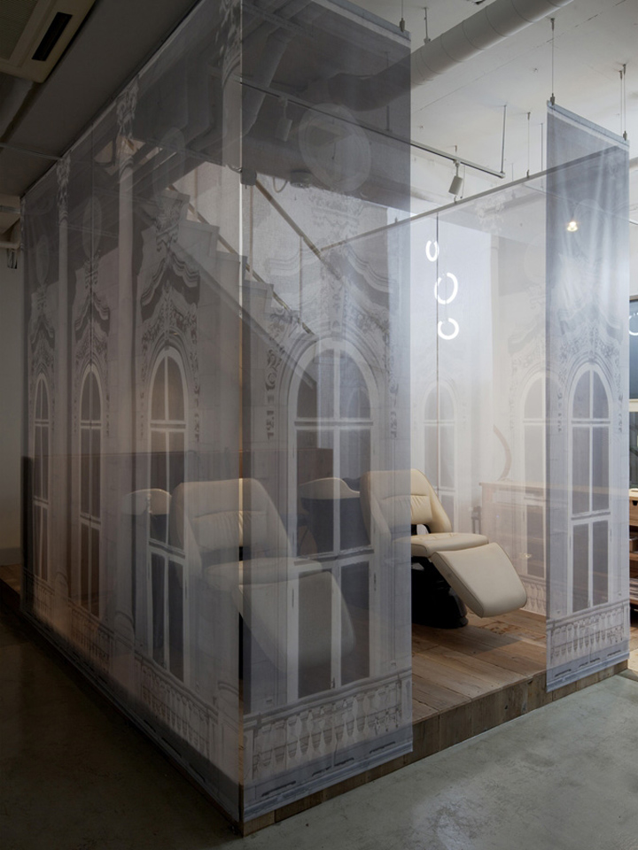 Regalo salon by Takara Space Design walls