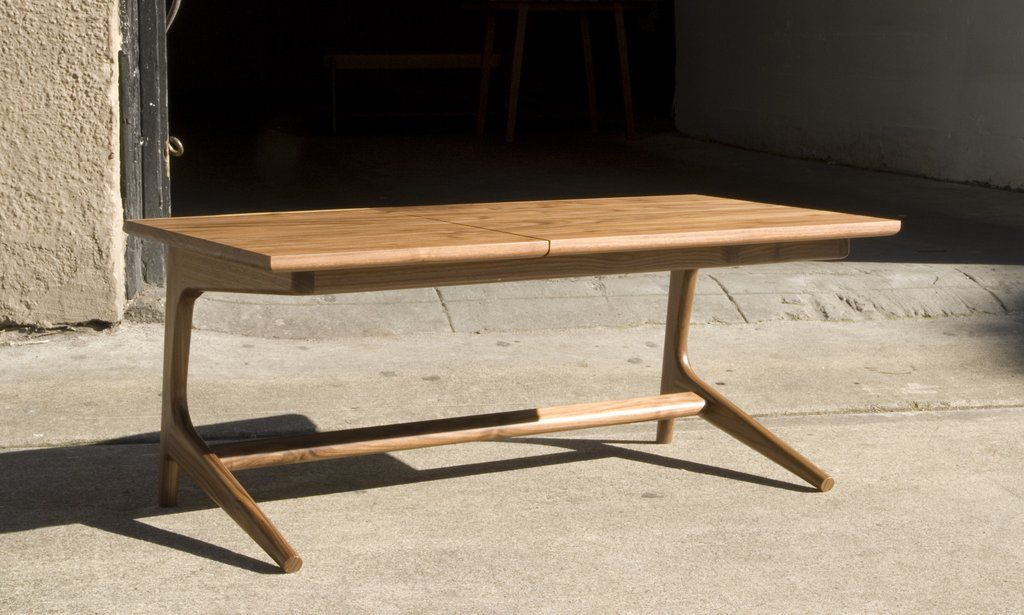 Rian Gullwing coffee table