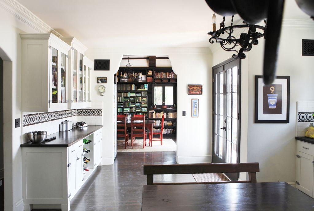 Spanish kitchen area