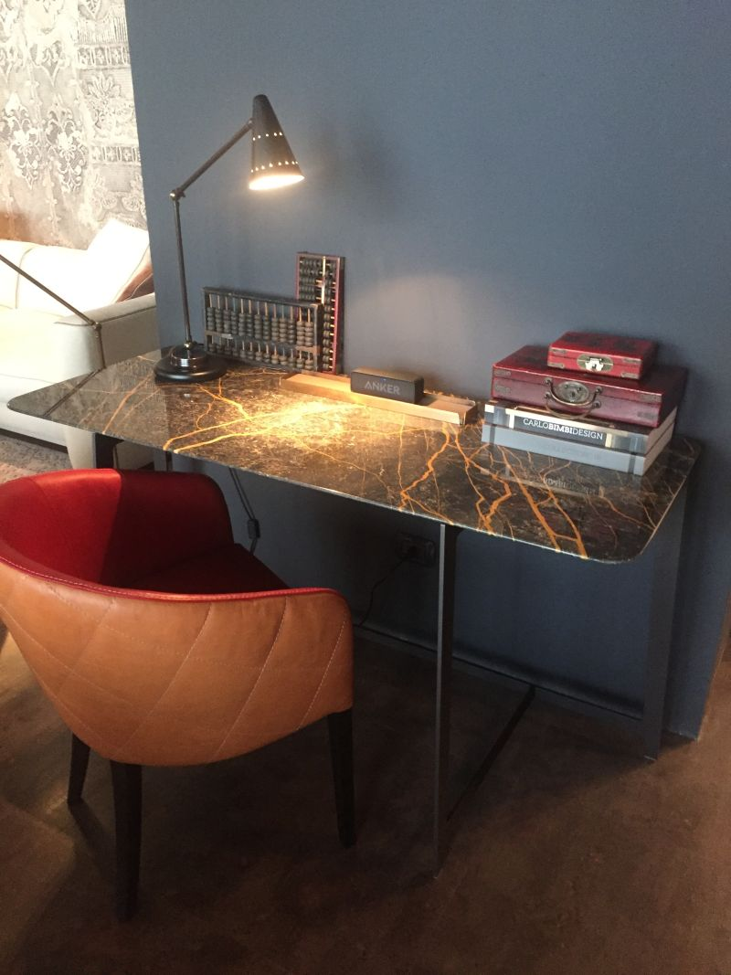 Wall table desk with a traditional lamp