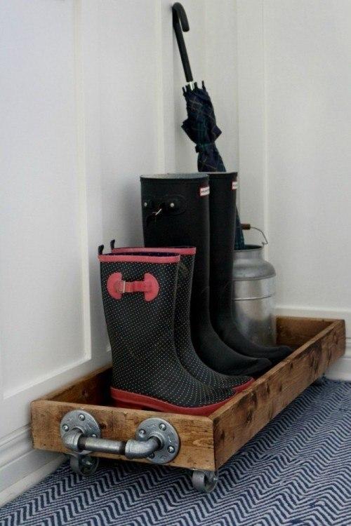 industrial DIY boot tray