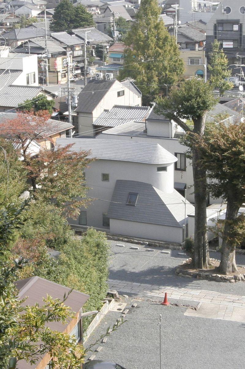 O House extension neighborhood