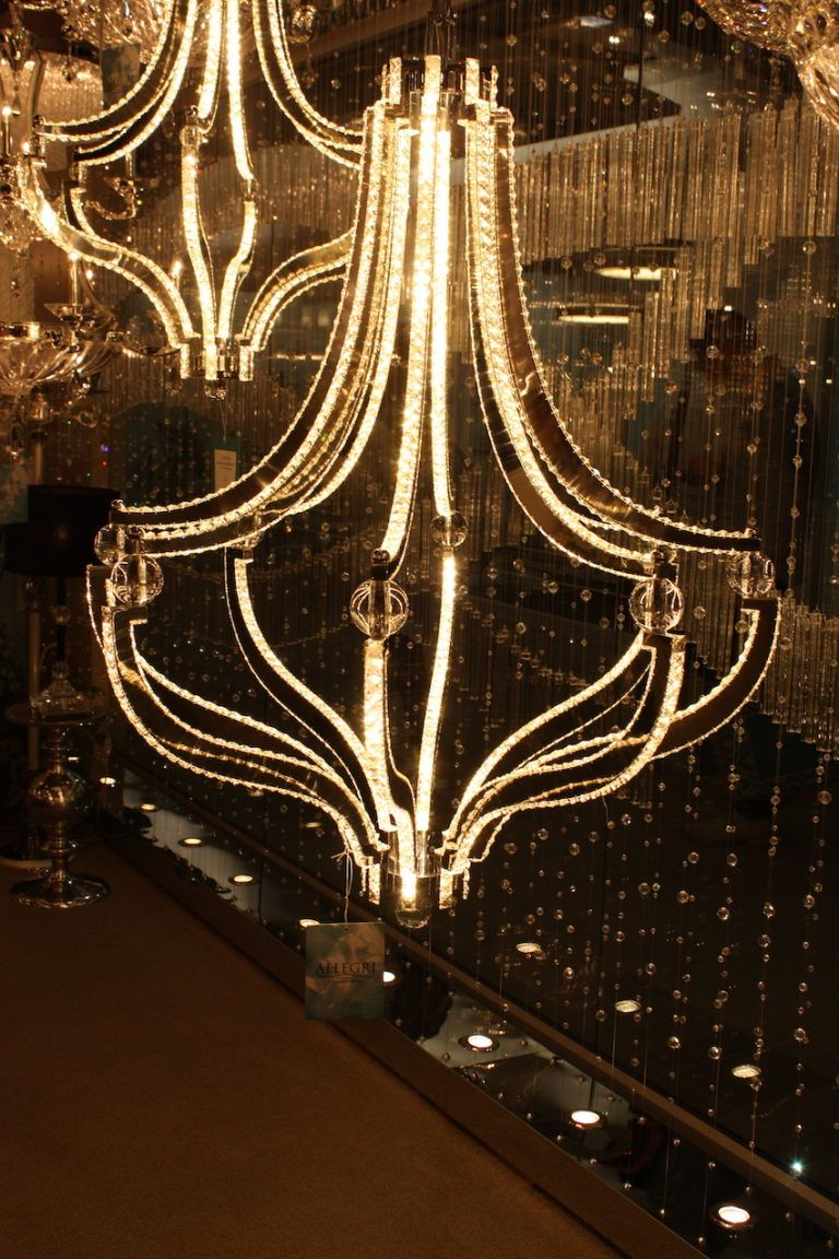 phillips colletion certical chandelier
