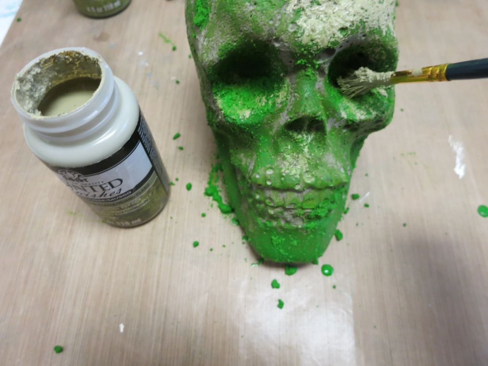 cement-skull-planter-dirty-painting