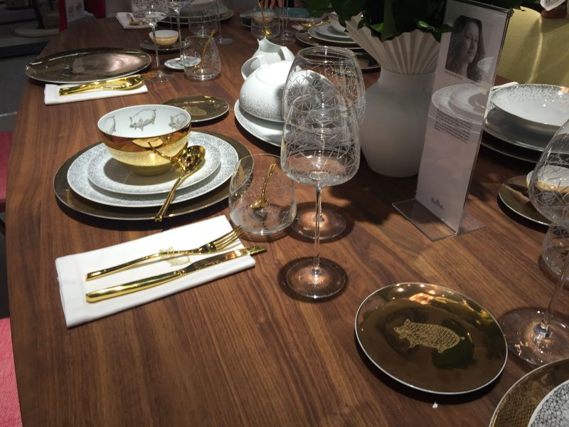 Gold dining table set