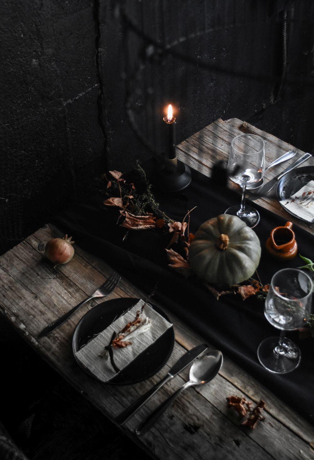 Halloween Table Setting Design