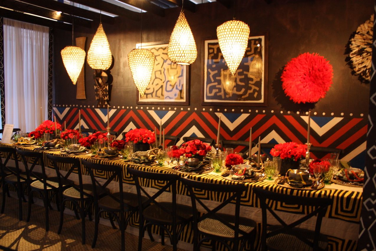 lipstick-red-party-dining-table