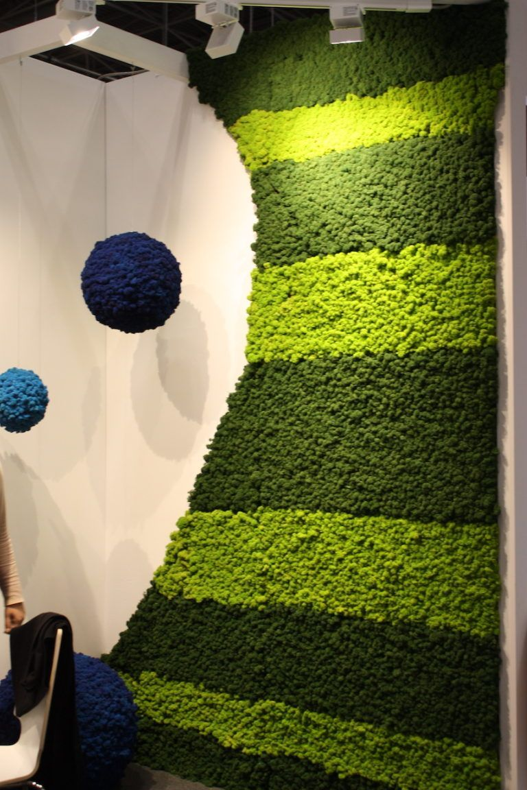 Create your own installation using spheres and the flex wall panels.