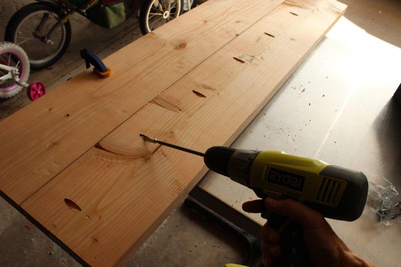Push the glued board