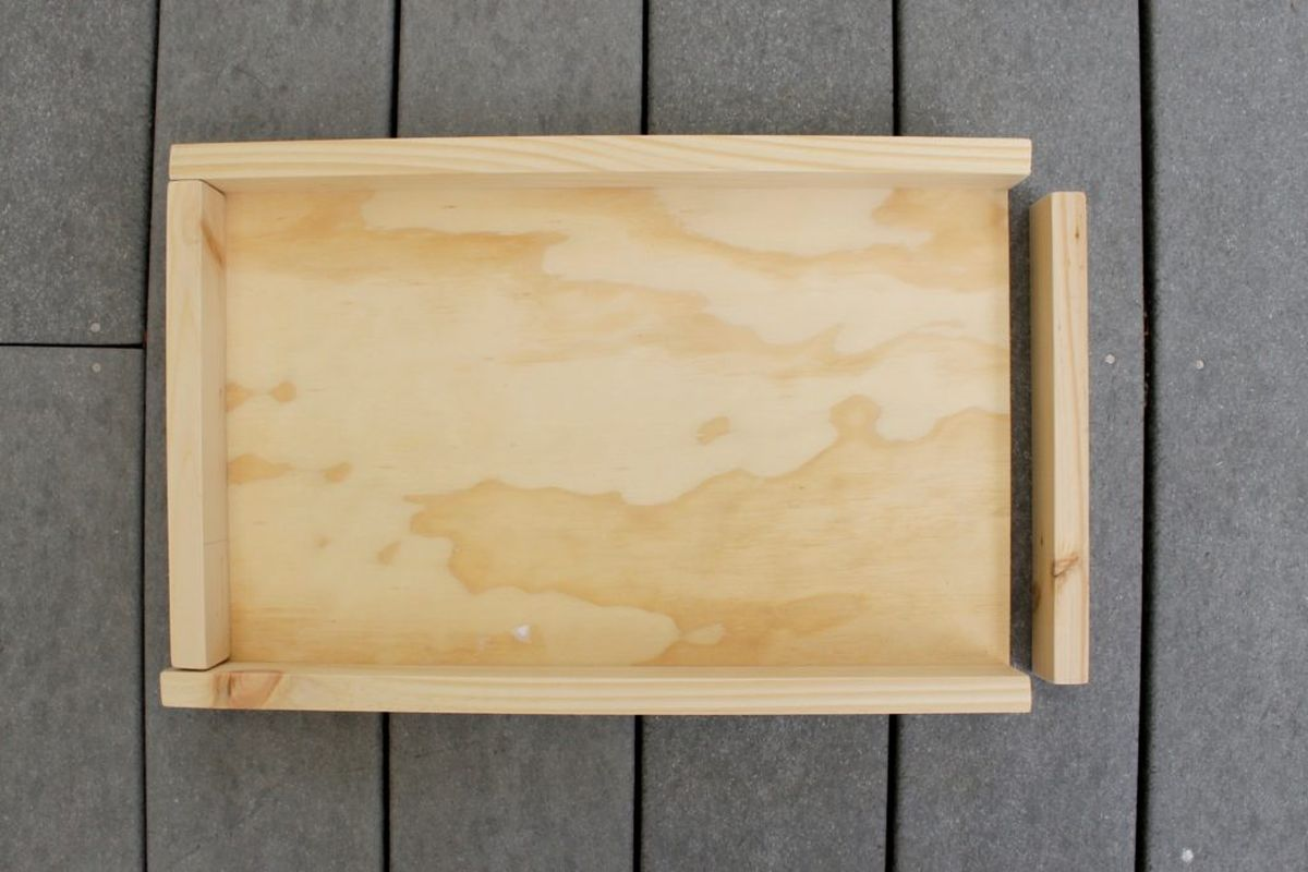 Wooden Tray Using Drawer Knob Handles - Cut