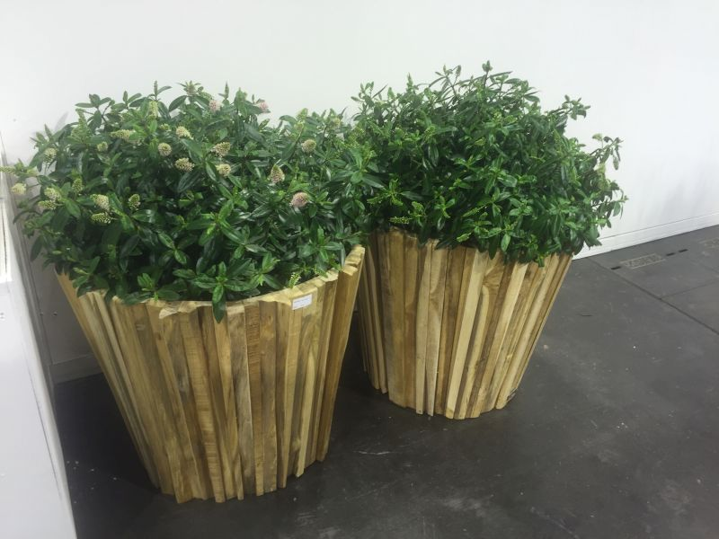 wooden-flower-planters