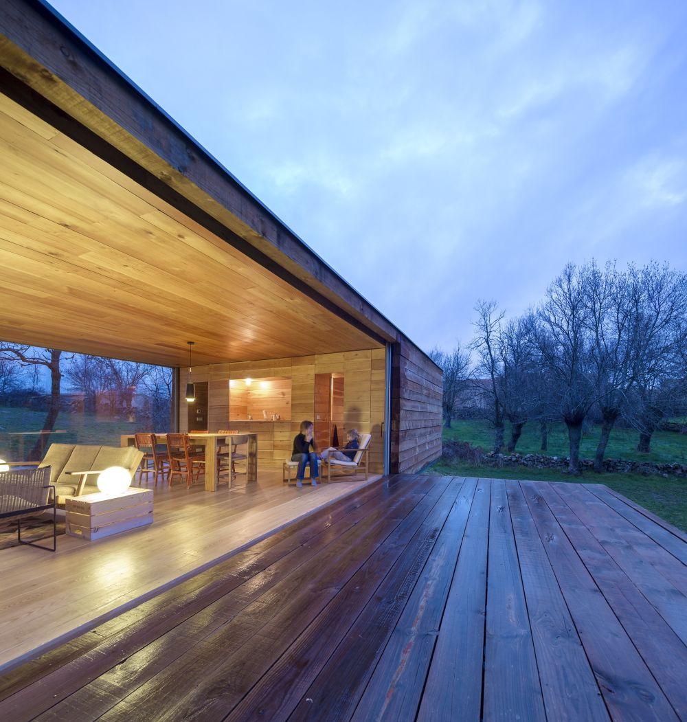 B House from ch+qs arquitectos porch