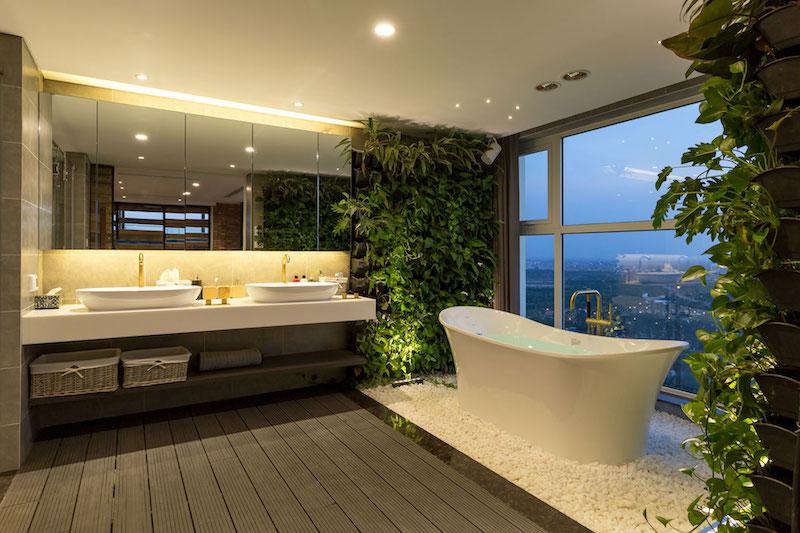 Penthouse Ecopark bathroom green walls