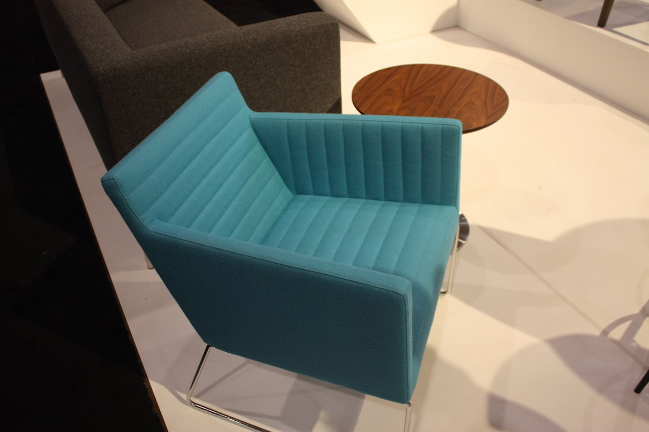 Soho armchair in aqua color