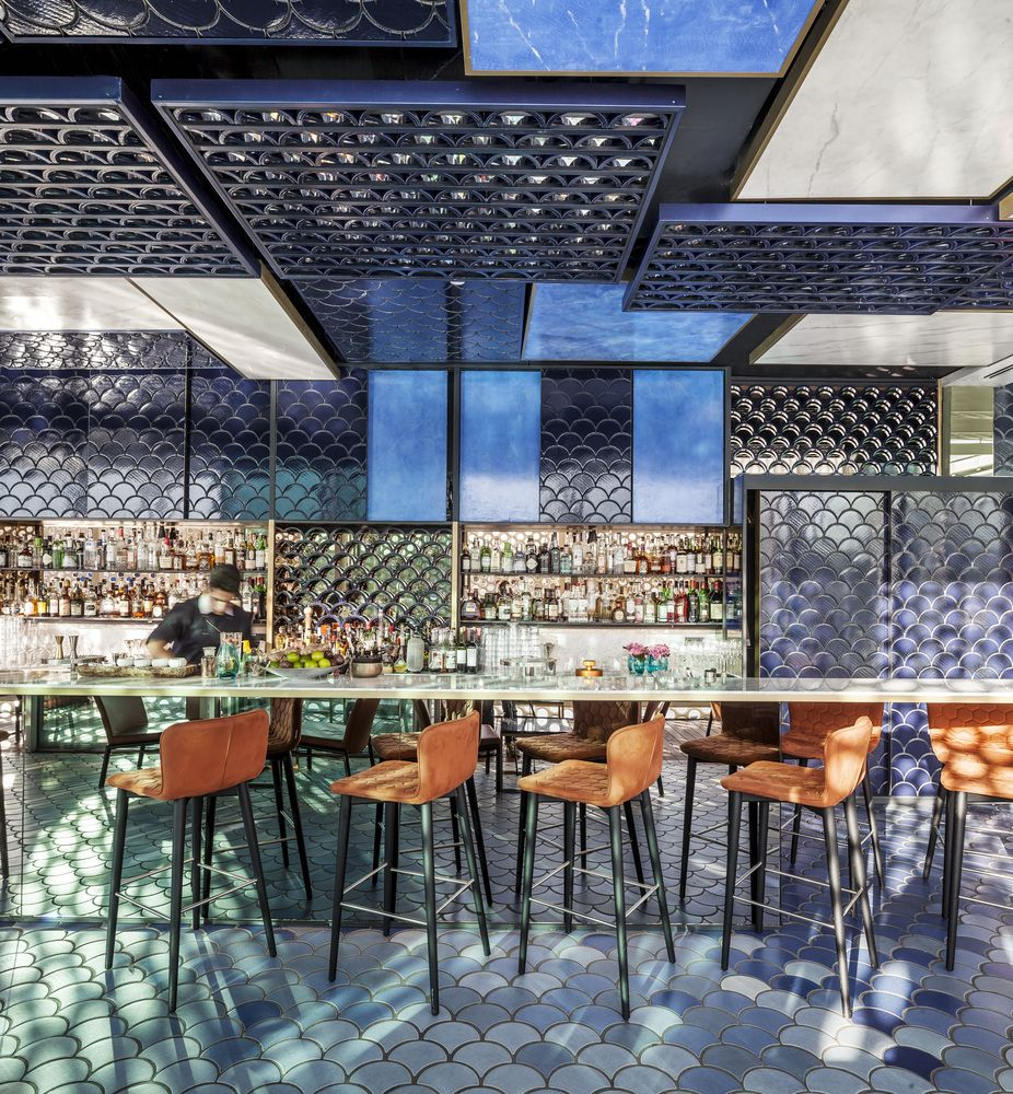 Blue Wave Bar by El Equipo Creativo Bar chairs