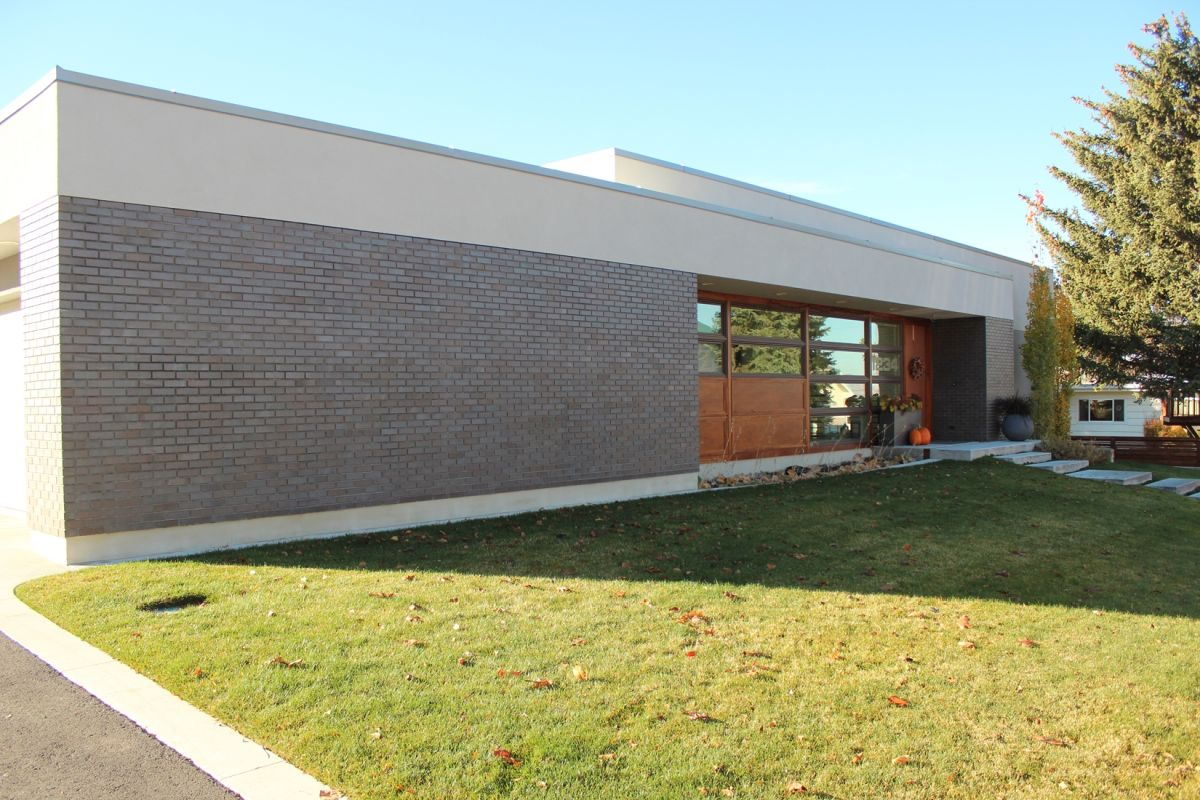 Curb Appeal - brick facade