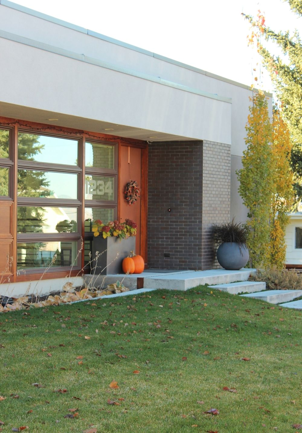 Curb Appeal front house for Halloween