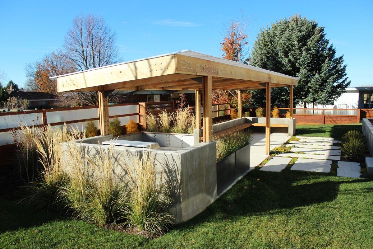 Curb Appeal - outdoor garden kitchen