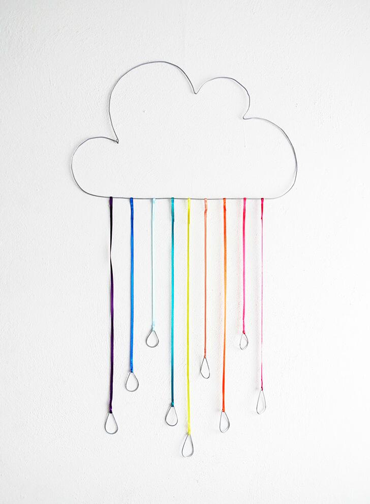DIY wire rainbow cloud