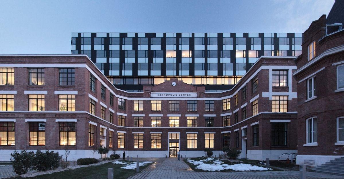 Metropolis Centre Building