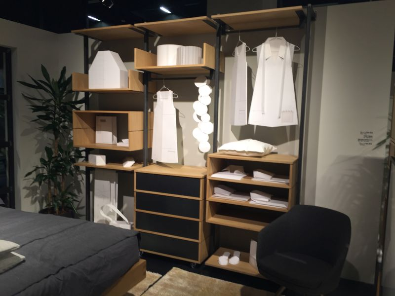 Open space bedroom closet system