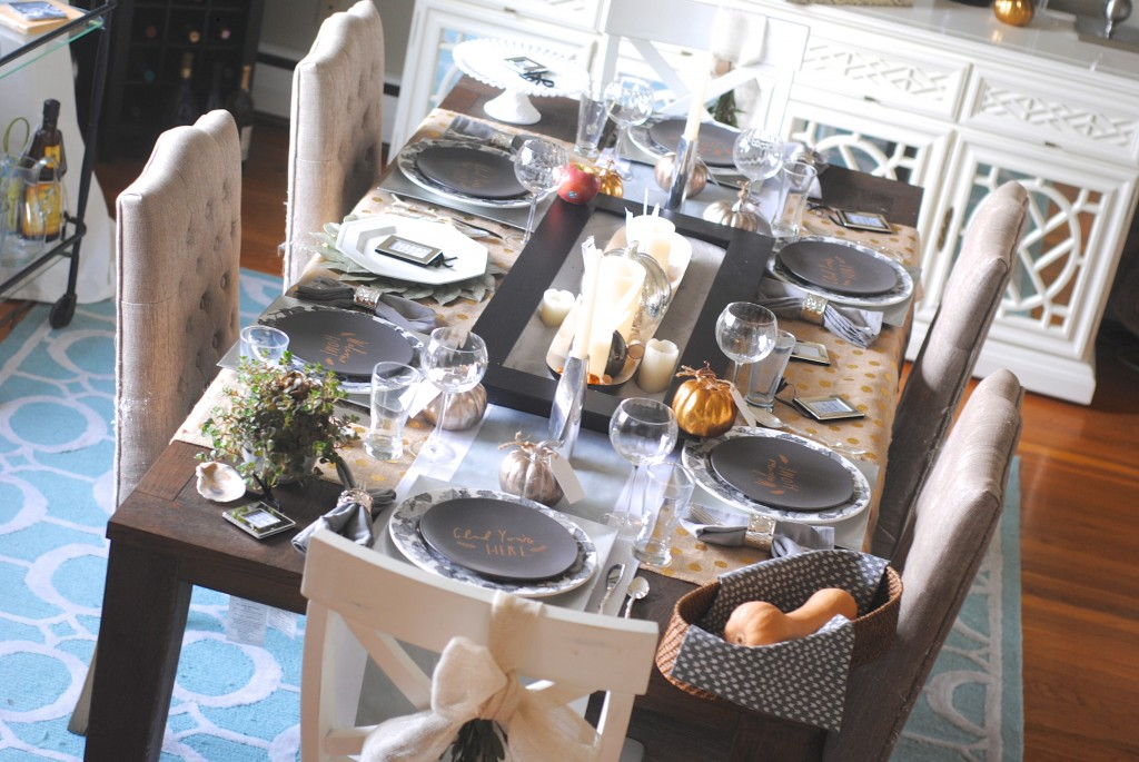 Thanksgiving table decor with message plates