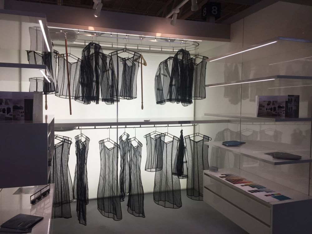 White and automated the Italian Dynamic Closet