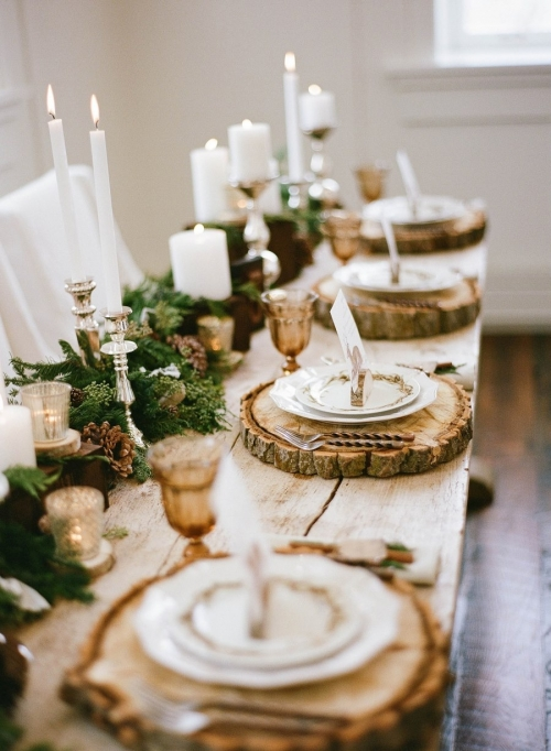 Wood slices for Thanksgiving table decor