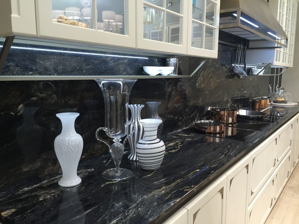 Marble Countertops a Classic Choice for Any Kitchen on Backsplash With Dark Countertops  id=80067