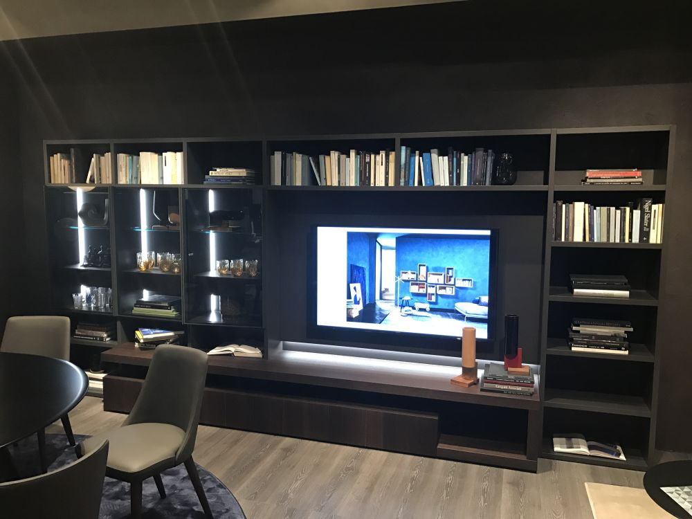 Modern Living Room Wall Units Full Of Class And Pizzazz on Living Room Wall Units id=77274