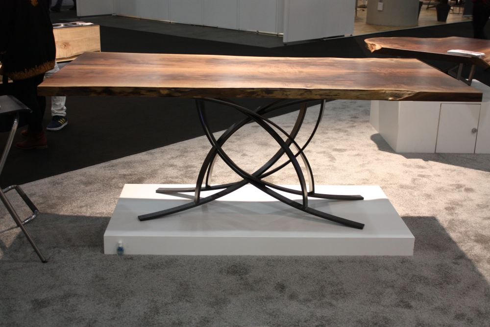 designs that make metal table legs the