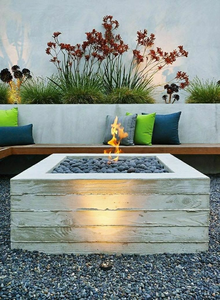 Outdoor Fire Pit Seating Ideas That Blend Looks And ... on Outdoor Fire Pit Ideas id=84851