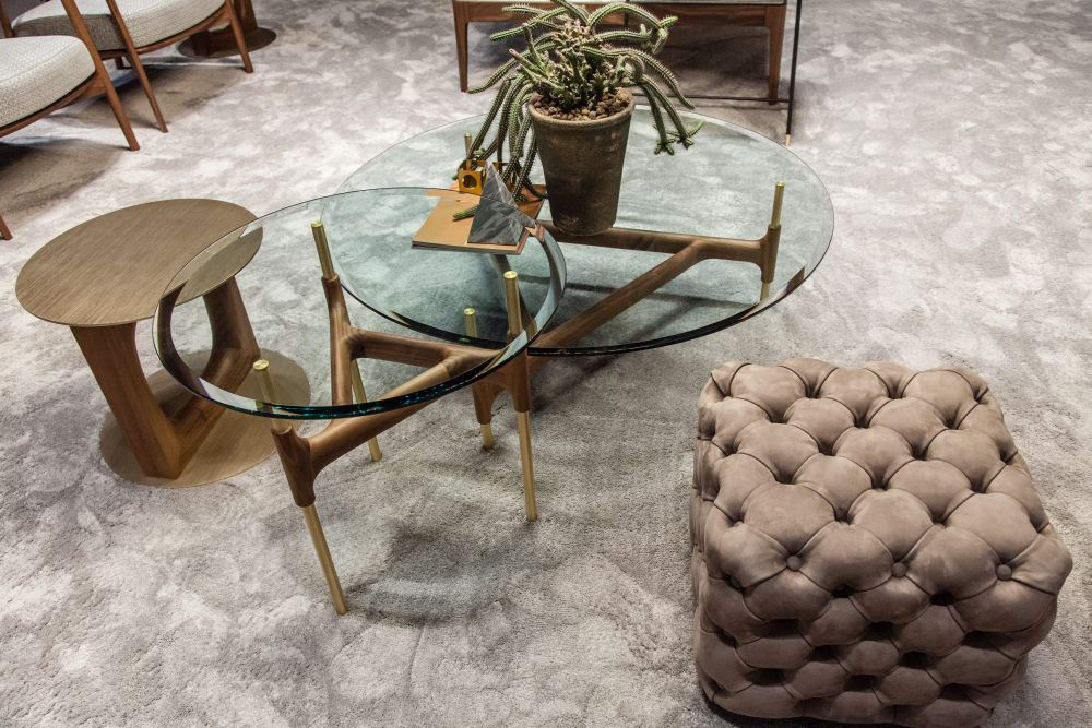 modern coffee tables with round glass